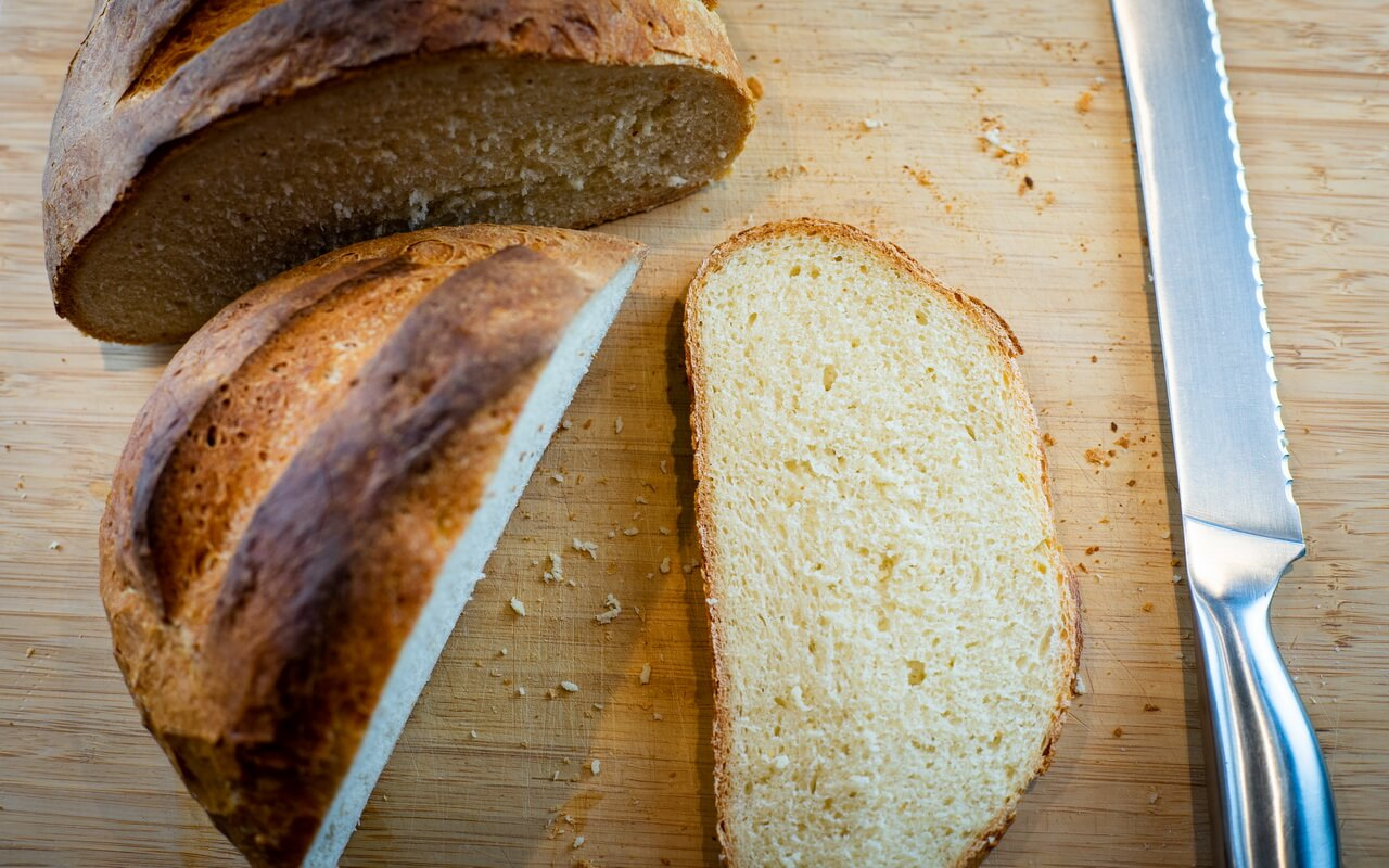 Simple White Bread For Beginners Slices