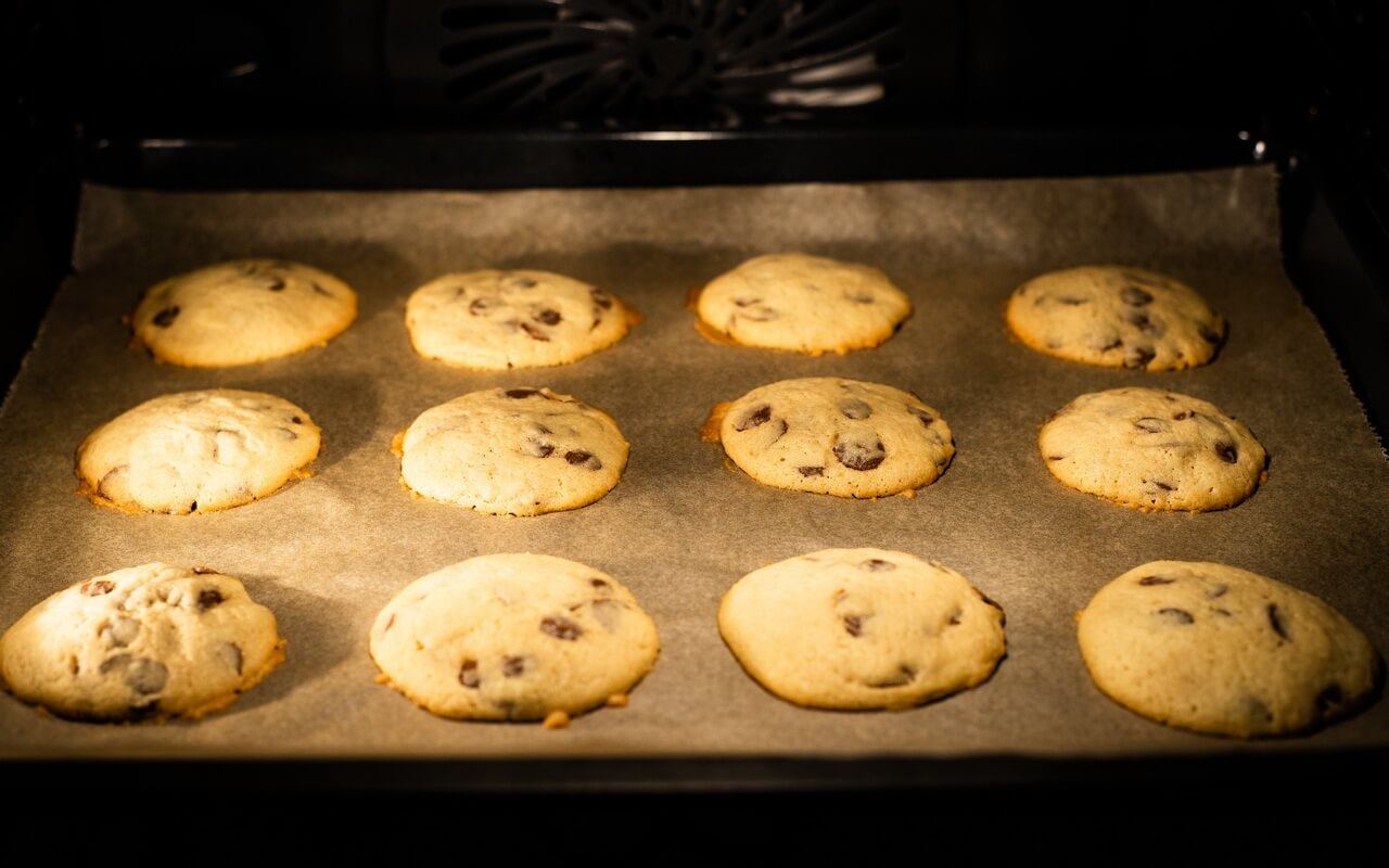 Soft Baked Chocolate Chip Cookies Baking