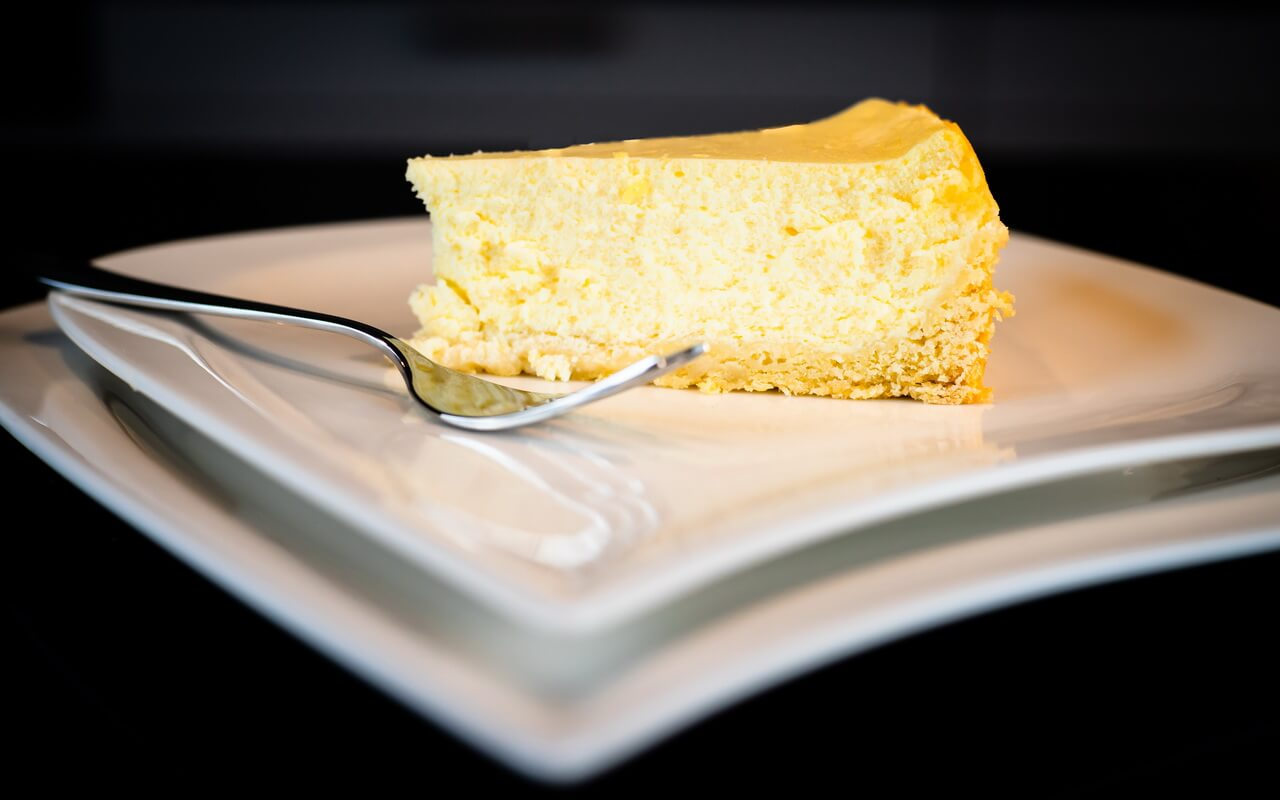 Classic Cheesecake Single Piece From Side