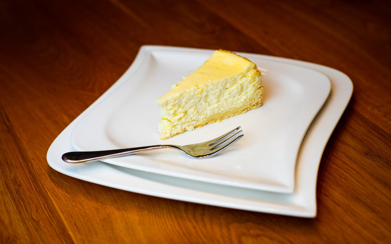 Classic Cheesecake Single Piece