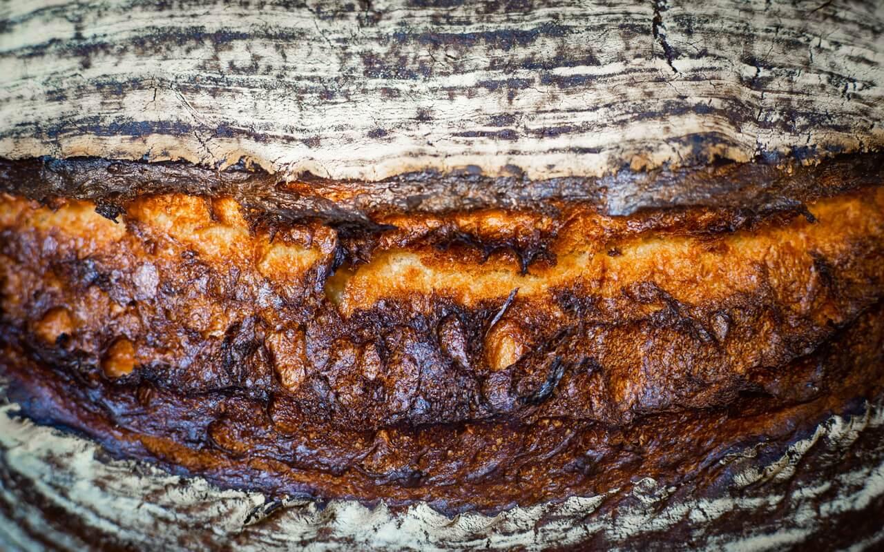 No Knead Dark Farmhouse Bread aka The Mountain Crust