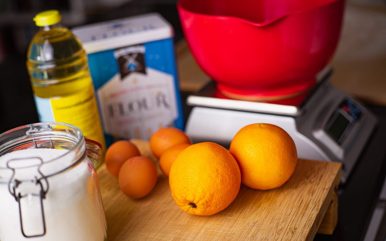 Juicy Orange Cake Ingredients