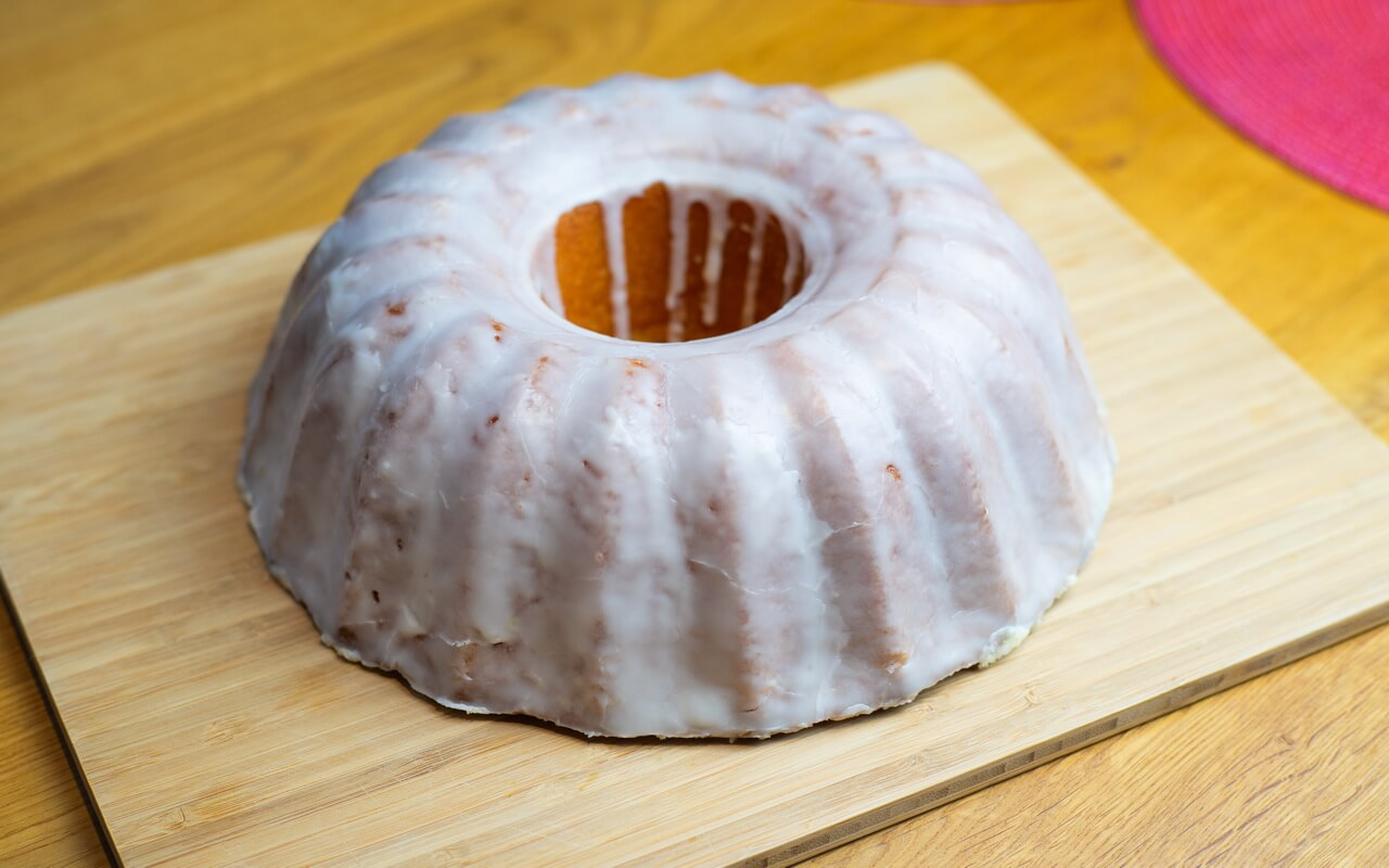 Juicy Orange Cake With Glaze