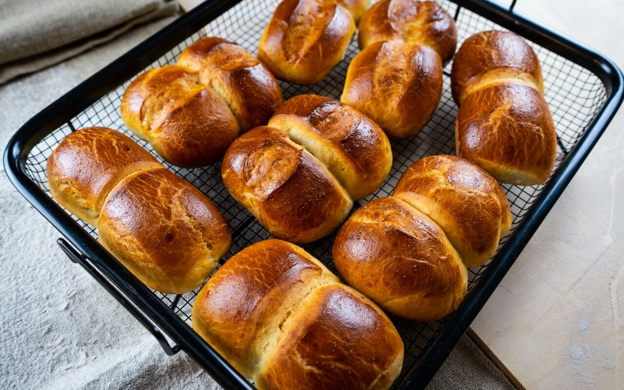 Twin Milk Bread Rolls Crust