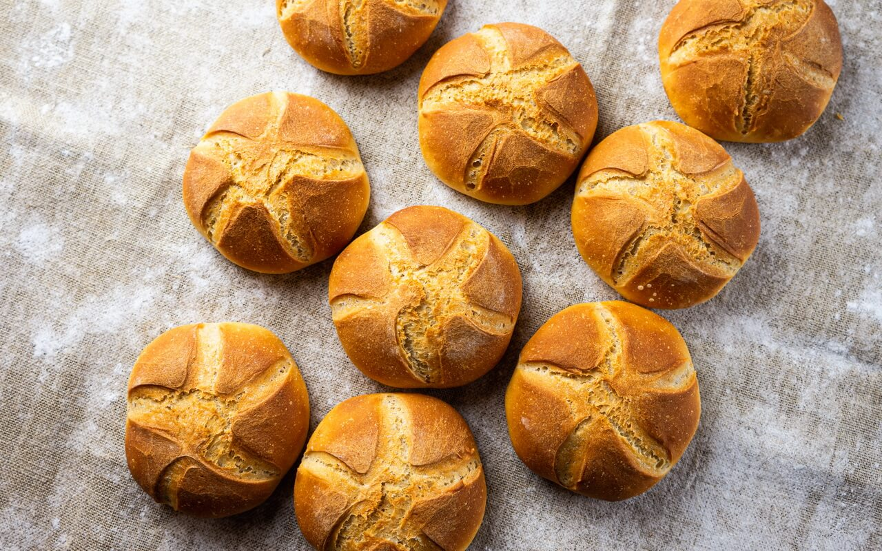 Kaiser Rolls Like In Our Childhood