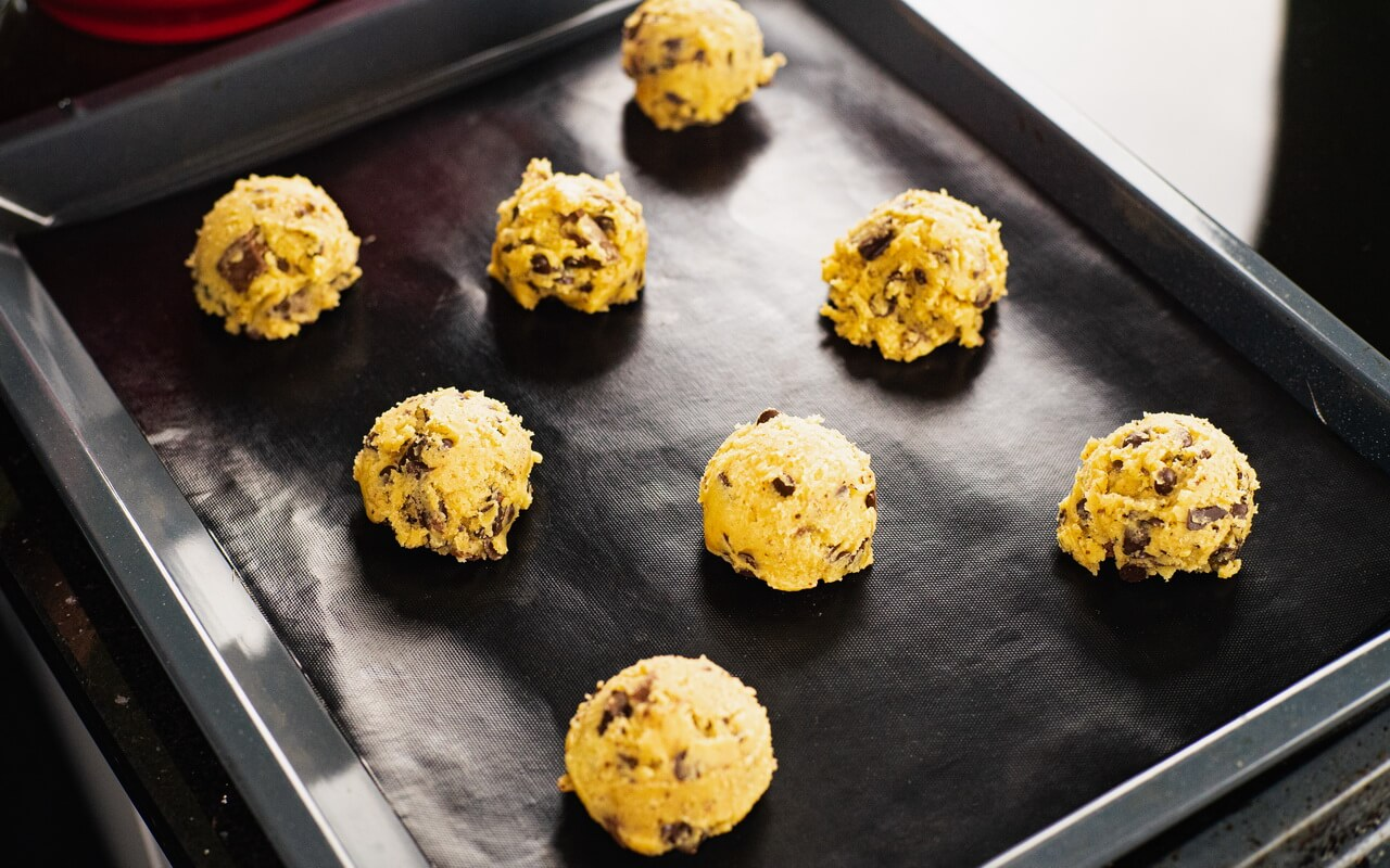 Chocolate Chip Crush Cookies From Levain Bakery Cookie Dough Balls