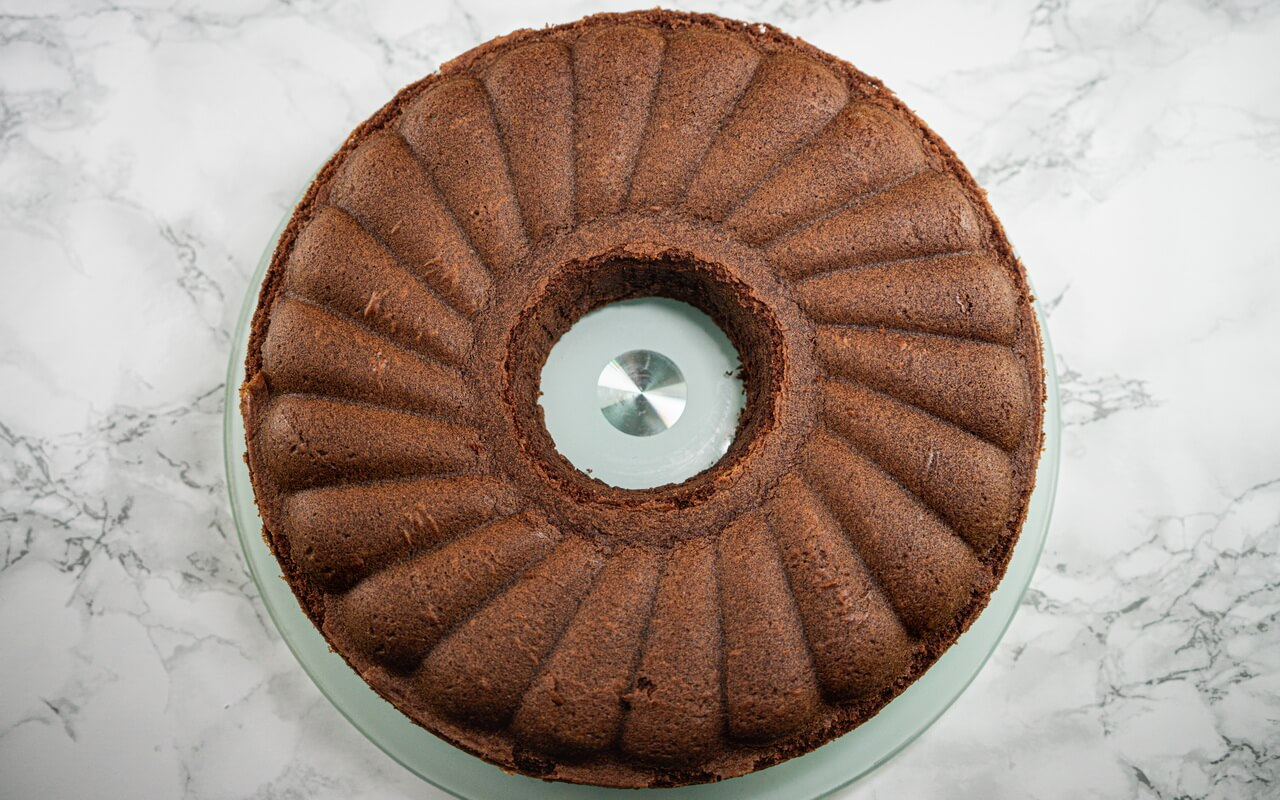 Fudgy Chocolate Bundt Cake Without Glaze
