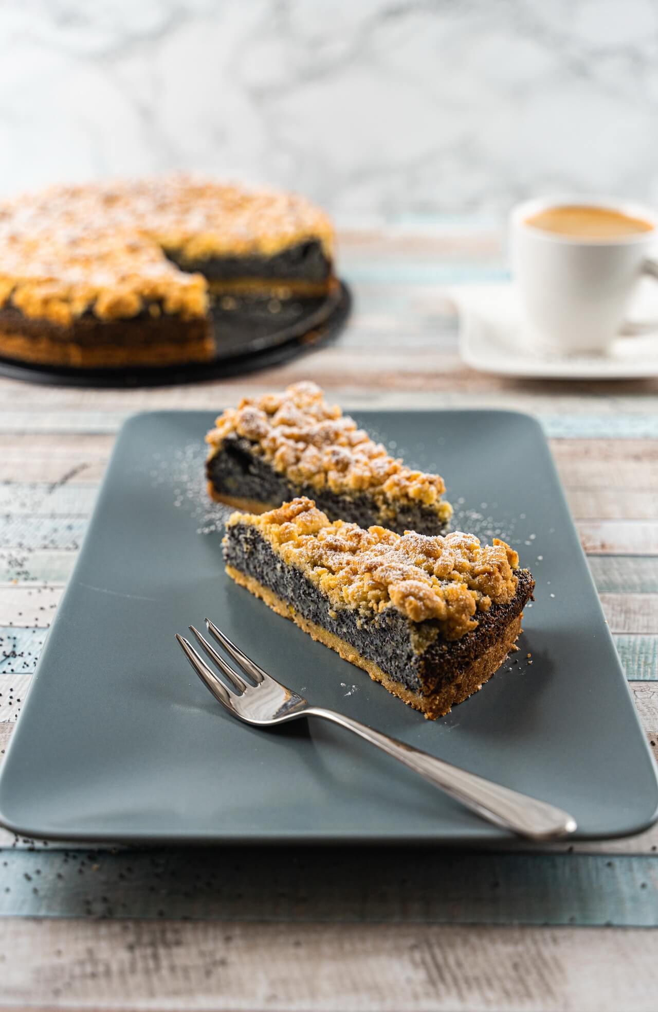 German Poppy Seed Streusel Cake Pieces
