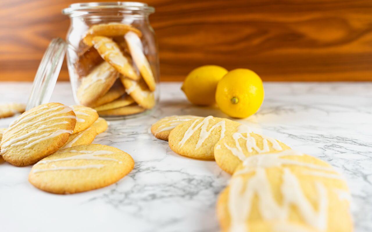 Lemon Sugar Cookies With Cookie Jar