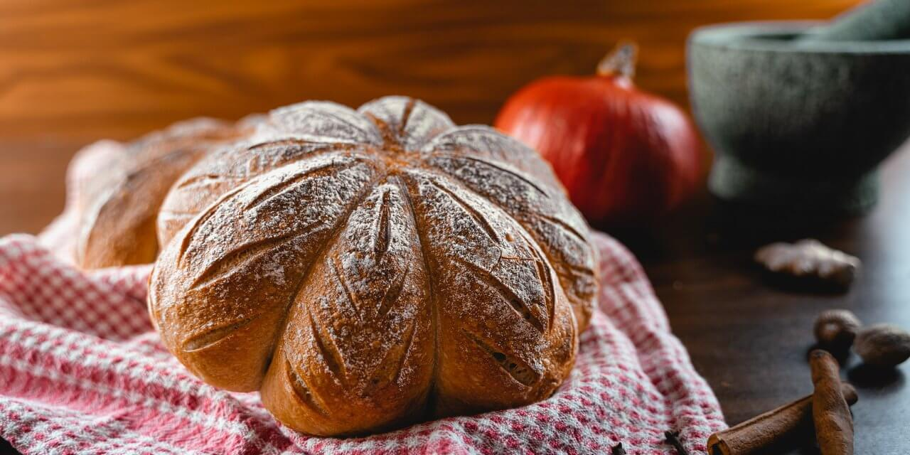 Pumpkin Spice Sourdough Bread