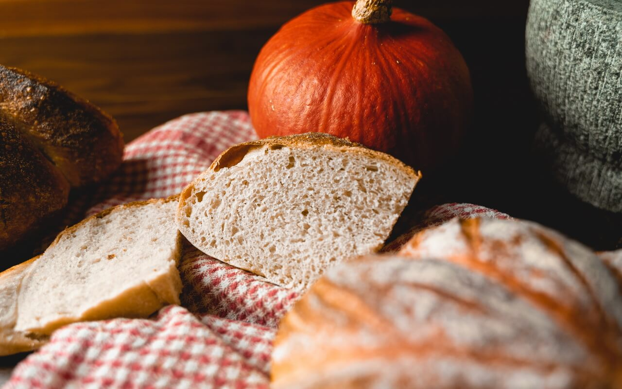 Pumpkin Spice Sourdough Bread Slices