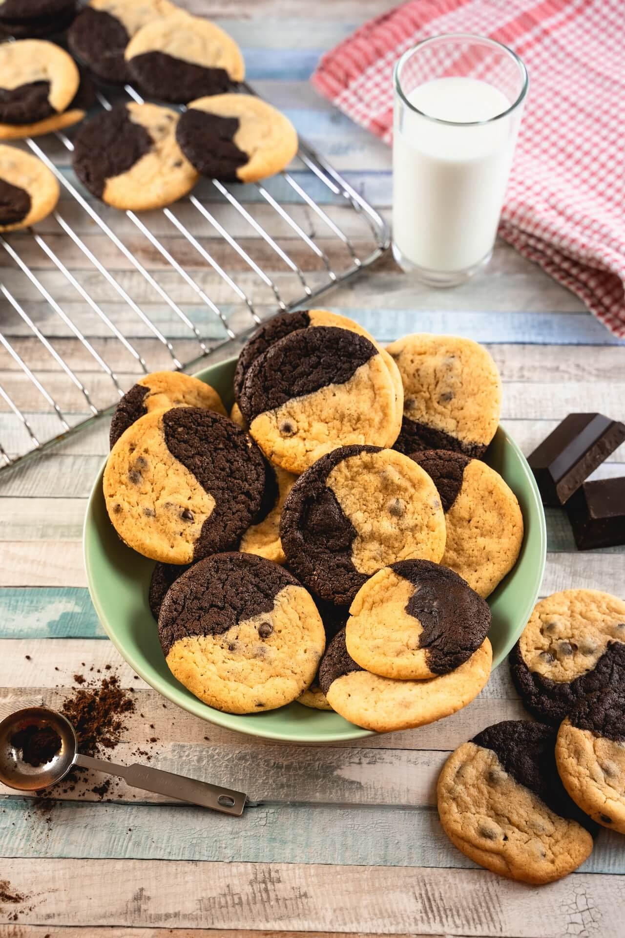 Brookies Brownies And Cookies In One In A Bowl Vertical