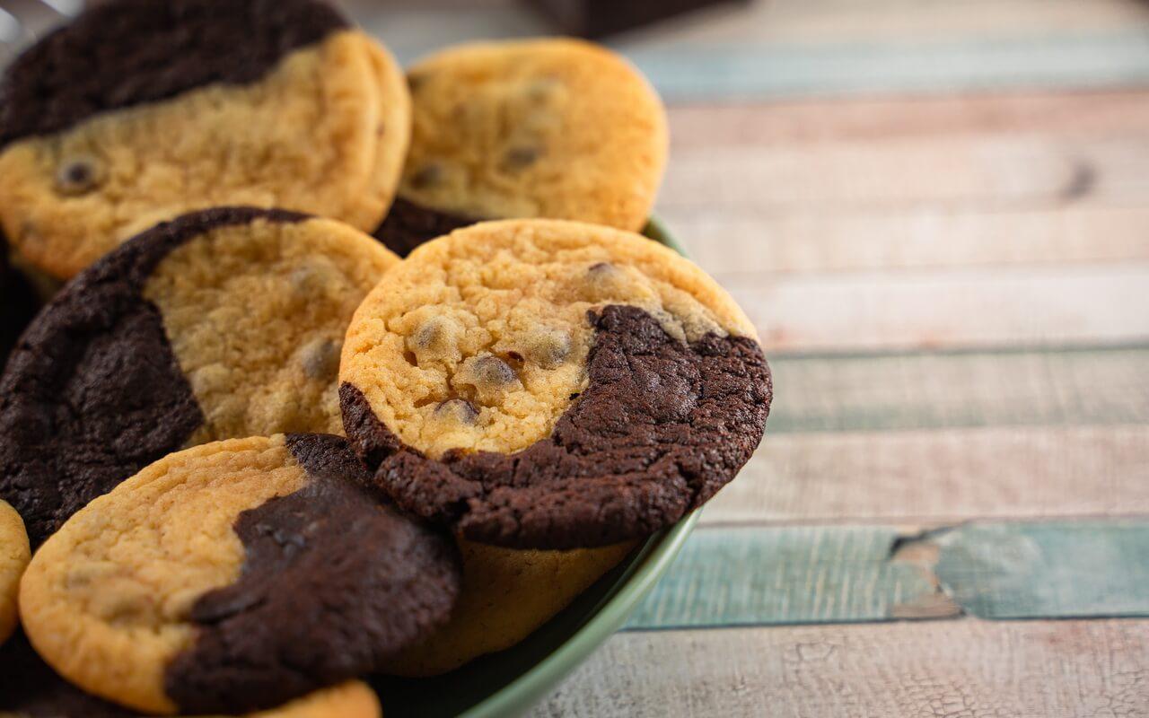 Brookies Brownies And Cookies In One In A Bowl
