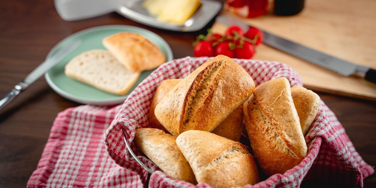 Simple Sourdough Breakfast Rolls