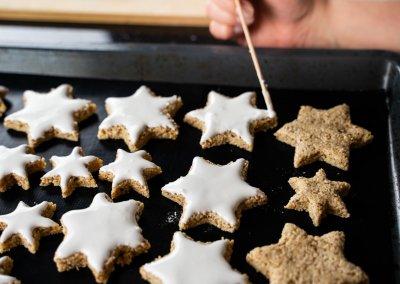 Zimtsterne Cinnamon Star Christmas Cookies Frosting Dough
