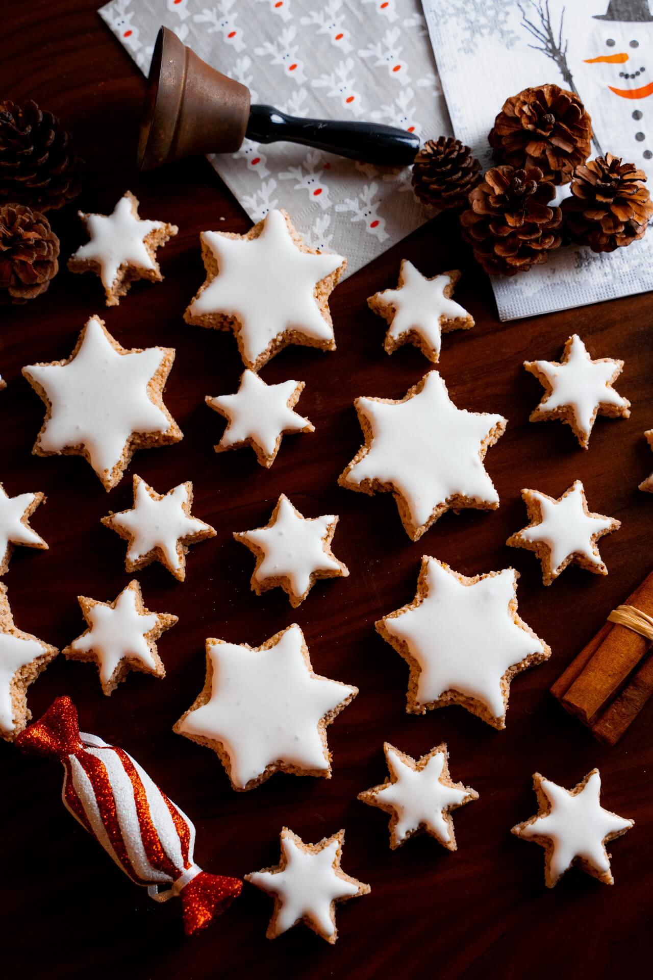Zimtsterne Cinnamon Star Christmas Cookies On Kitchen Counter Vertical