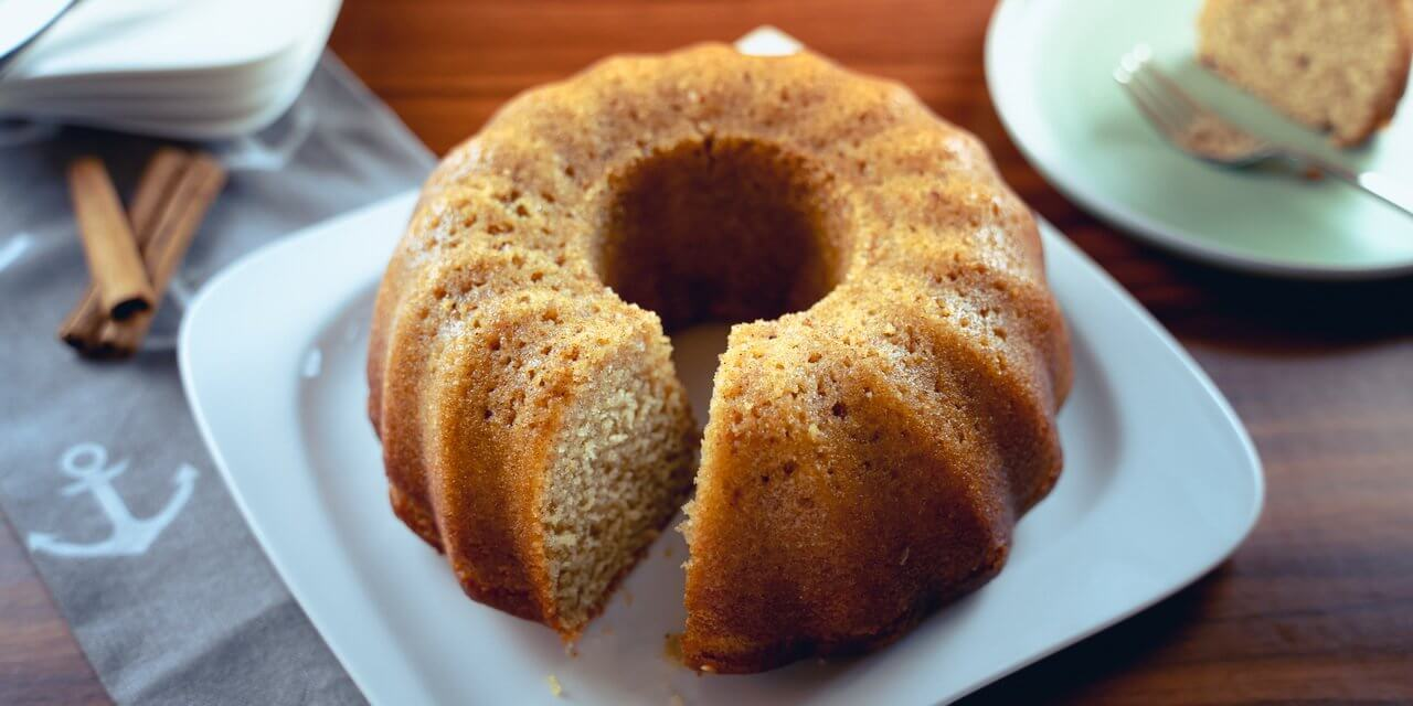 Moist Cinnamon Bundt Cake